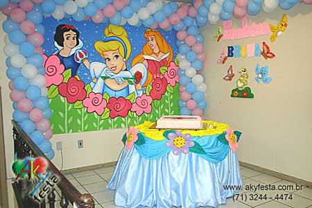 FESTA INFANTIL DECORA    O CINDERELA SALVADOR BAHIA12 11 2005